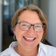 Angela Steckelbach, PLZ: 2, 3, 4, 5, CH