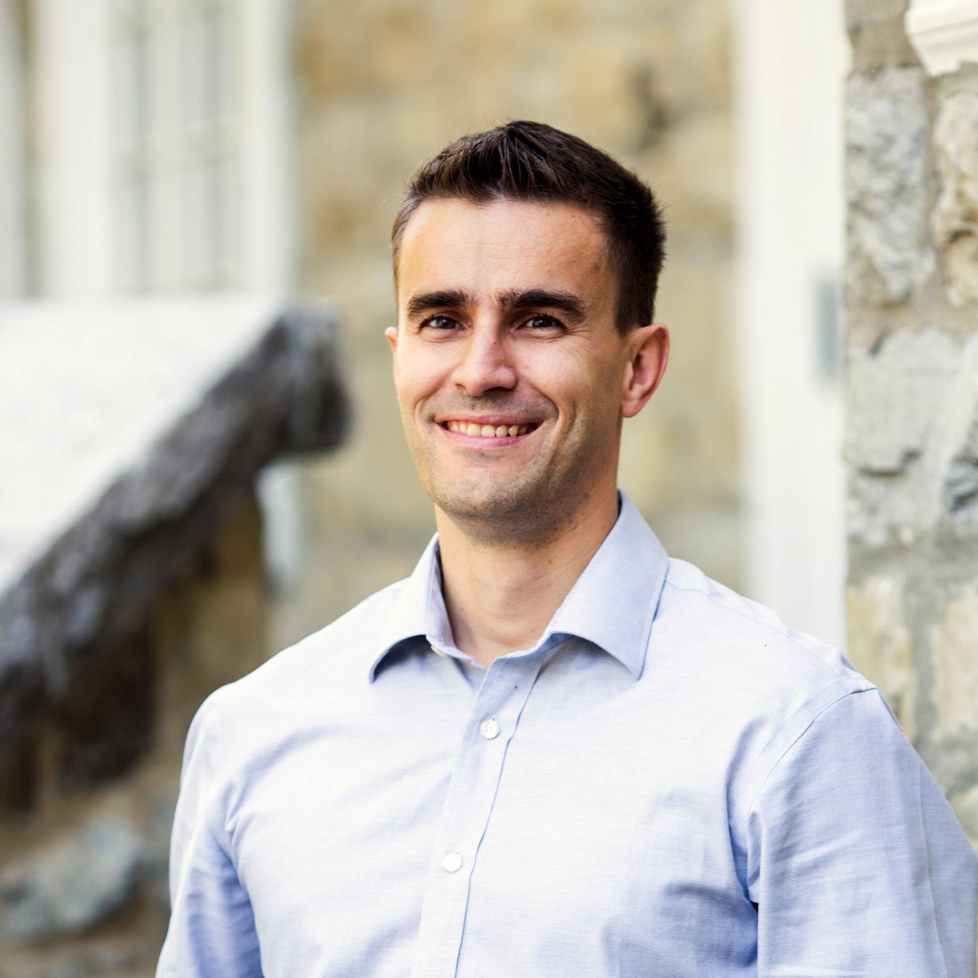Simon Bussières, Hardent, Inc.