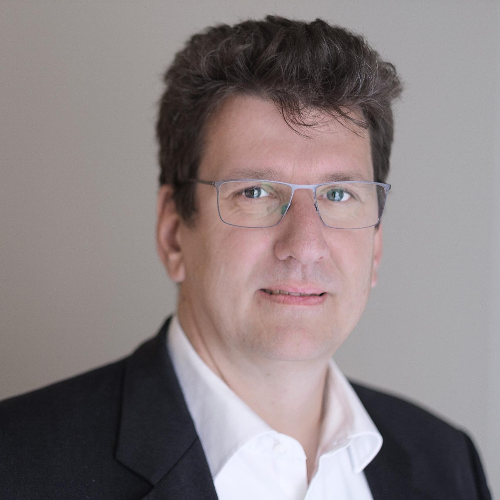 Prof. Dr. Peter Fromm, University of Applied Sciences Darmstadt