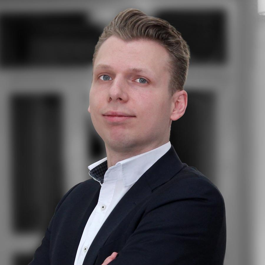 Stefan Adelmann, WEKA FACHMEDIEN